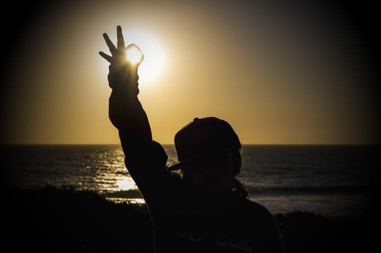 sunset-2427003_1920