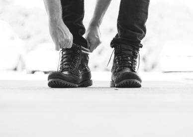 Bota com calça jeans