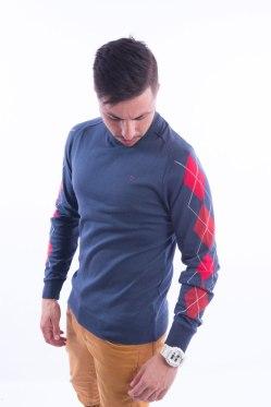 blusa-masculina-geometrica-na-lateral-azul-frente