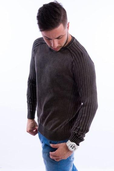 blusa-masculina-mangas-listras-preto-lado