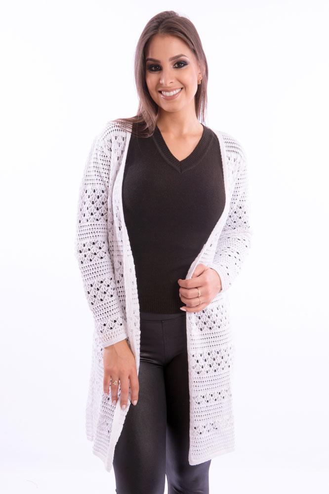 casaco-feminino-com-furos-branco-frente